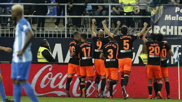 El Valencia remonta el partido y logra en cuatro minutos tres puntos