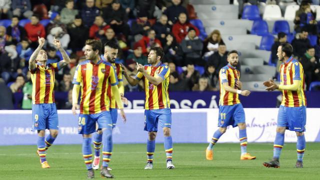 """El Levante UD, recupera el """"buen camino"""" (2-1)"""
