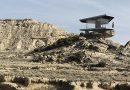 La casa del desierto, protegida por cristales