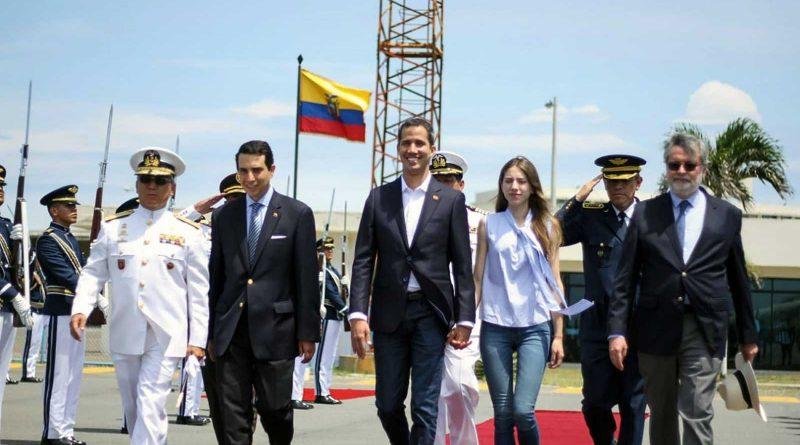 Guaidó vuelve a Venezuela tras finalizar su vista a Ecuador