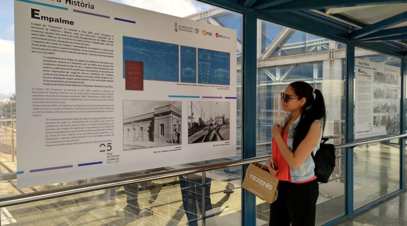 FGV recuerda la historia del tranvía de València en sus estaciones y paradas con motivo de la celebración de su 25 aniversario