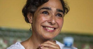 María Isabel Díaz Lago es premiada con el reconocimiento artístico Valencia 2019, Ciudad de Grial.