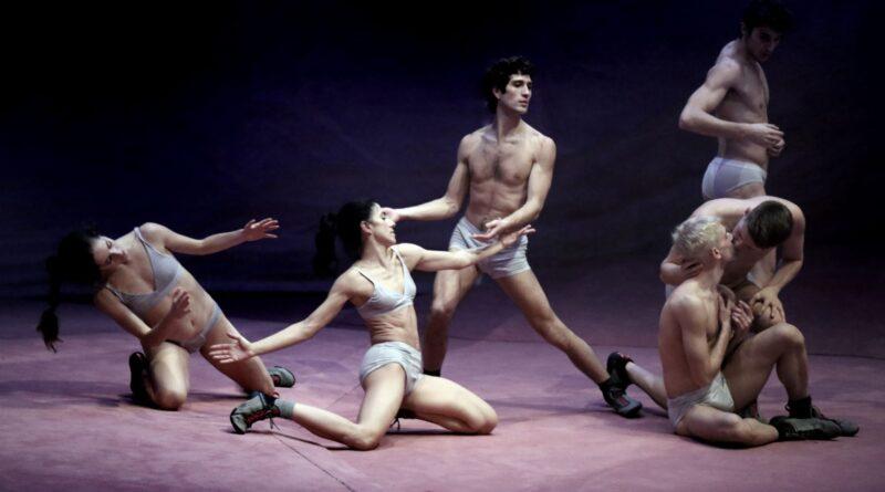 Dansa València arranca con una revisión contemporánea del 'ballet' romántico 'Giselle'