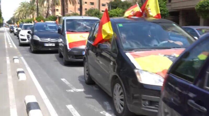 Éxito de la caravana de coches convocada por SOLIDARIDAD con motivo de la celebración del 1 de mayo