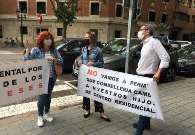 Los padres en contra de la supresión por parte de Sanidad de Fundación ST3