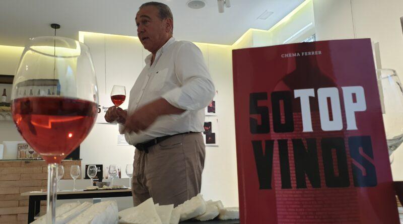 El periodista Chema Ferrer nos sorprendió en la presentación de su libro 50 Top Vinos